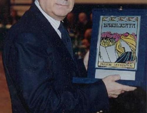 2001 Mario Caccavale, L'illusionista americano, Mondadori